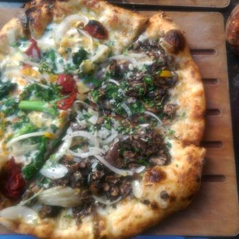 The Luggage Room Pizzeria 1428 Photos Amp 1413 Reviews
