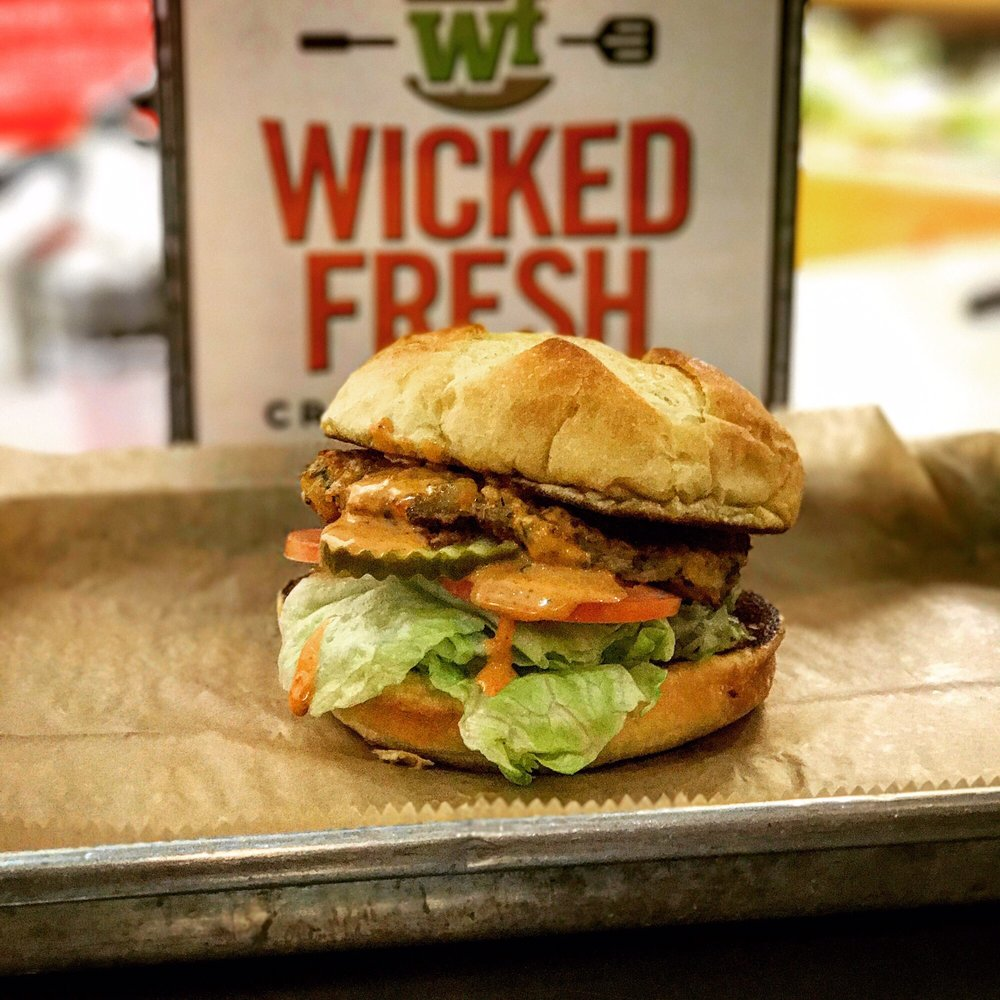 Wicked Fresh Craft Burgers: 19 Barnes Rd, Conway, NH