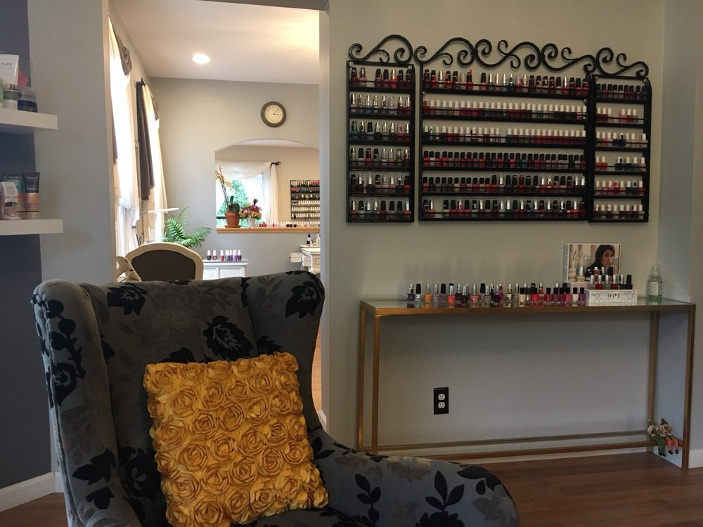 Miss T's Beauty Lounge: 5865 Ellsworth Ave, Pittsburgh, PA