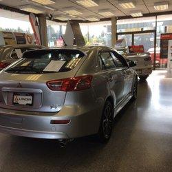 North Vancouver Mitsubishi - Car Dealers - 1695 Marine Drive, North