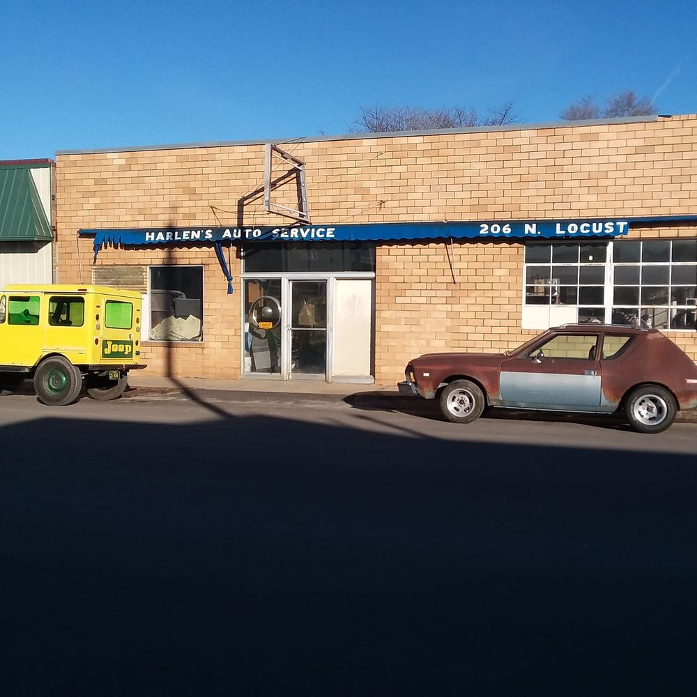 Vilela Randy Auto-Body Repair: 103 S Elm St, Pittsburg, KS