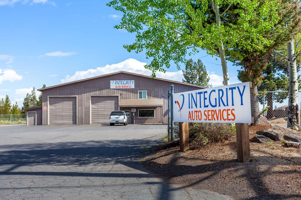 Integrity Auto Services: 16824 Finley Butte Rd, La Pine, OR