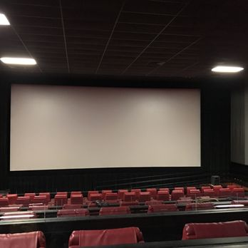amc monmouth mall 15 11 photos amp 45 reviews cinemas