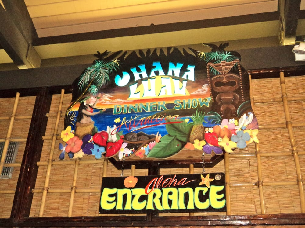 Luau Polynesian Catering Service Miami Fort Lauderdale: They Have A Luau Dinner Show At The Hotel. We Never Went