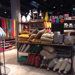 Maison Du Monde - Furniture Stores - Via Brescia 5, Torri di ...