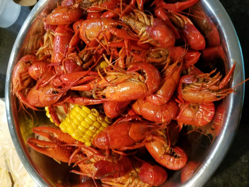 Bellfort Seafood: 5851 Scott St, Houston, TX
