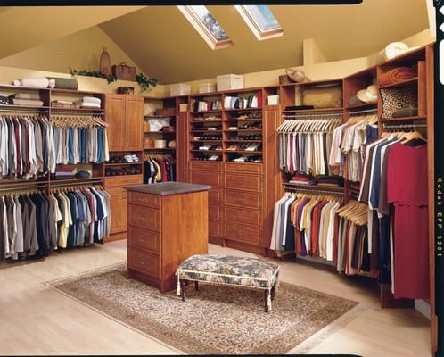 Photo For Closet Tailors