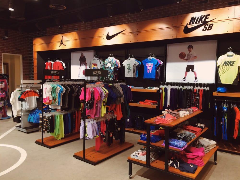 Dansk Shoe Stores Usa