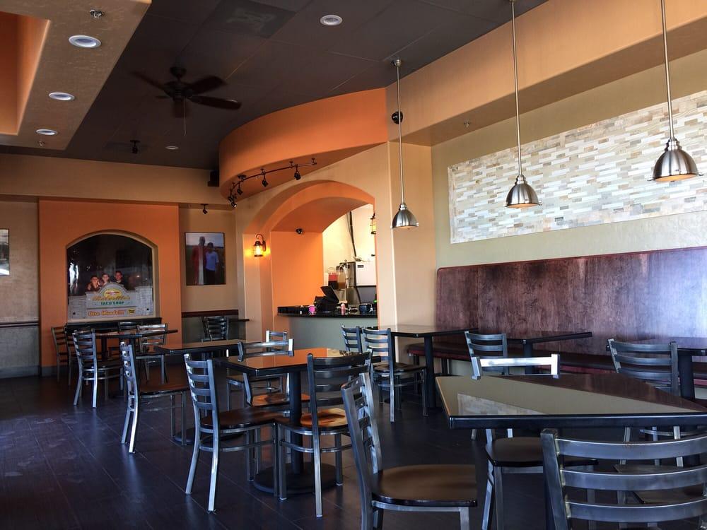 Robertitos Taco Shop 16 Photos 46 Reviews Mexican 6525 N Riverside Dr Fresno Ca