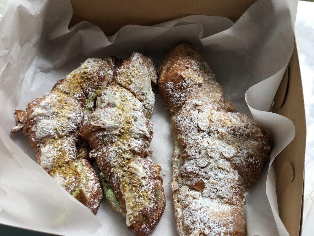 Food from Loic Bakery Cafe Bar