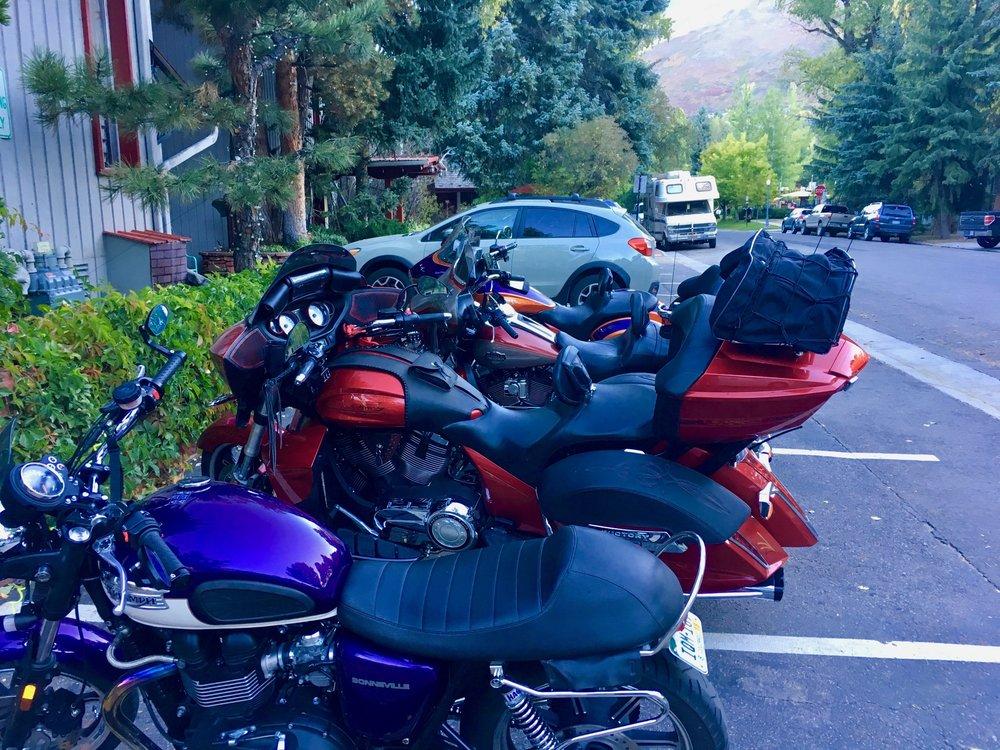 Tyrolean Lodge: 200 W Main St, Aspen, CO