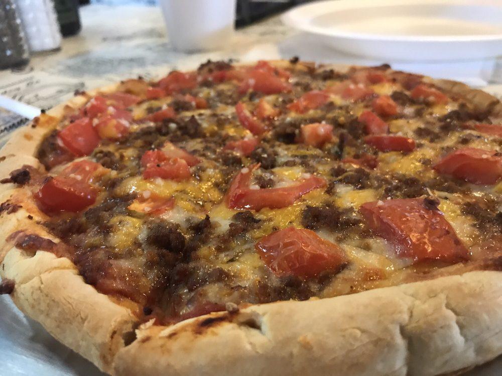 Young's Pizza: 625 W Santa Gertrudis St, Kingsville, TX