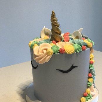 Elle Dee Unicorn Cake