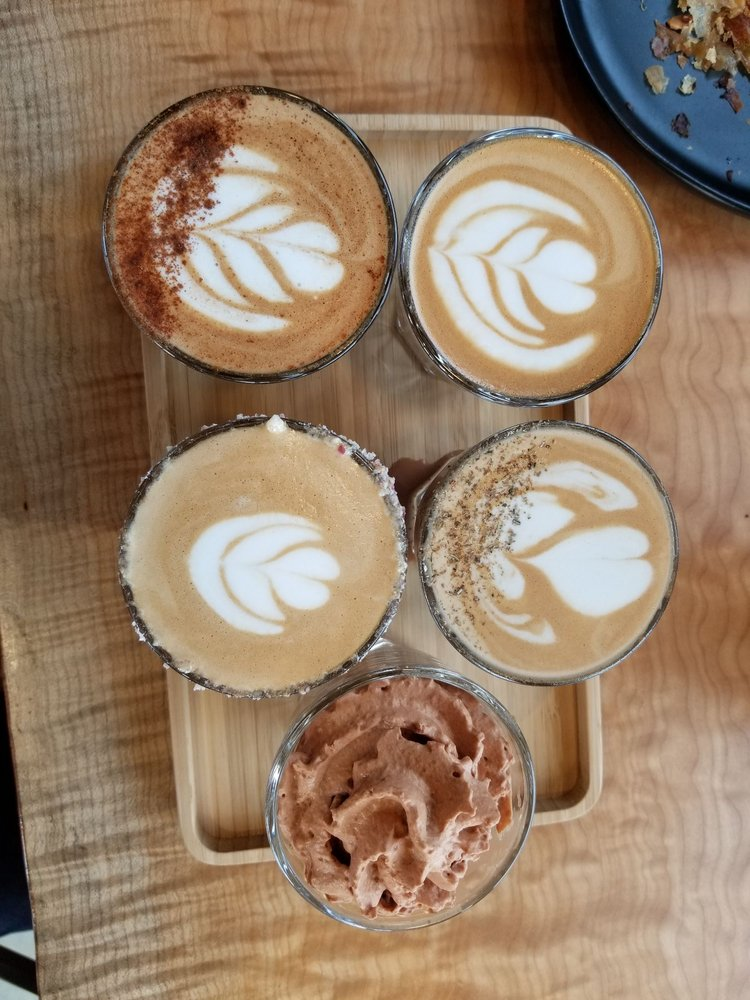 Nossa Familia Coffee: 2007 SE Division St, Portland, OR