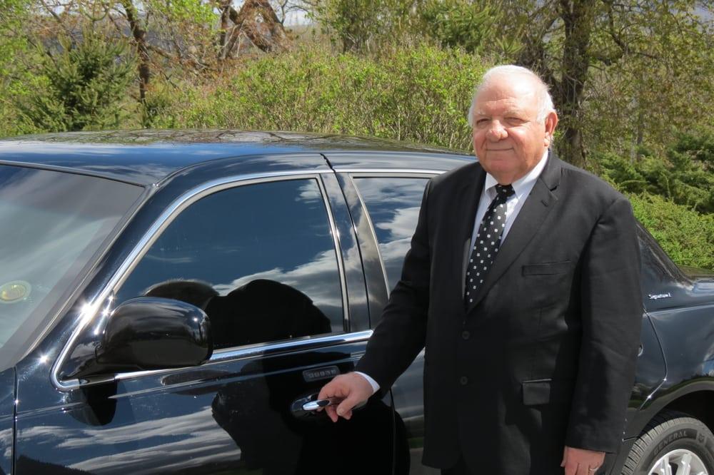 Carmens Car Service: Bennington, VT