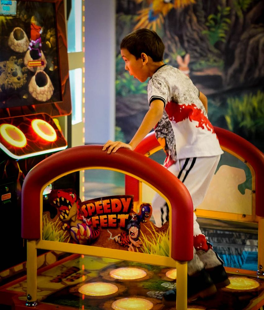Make Believe Family Fun Center: 8303 Day Dr, Parma, OH