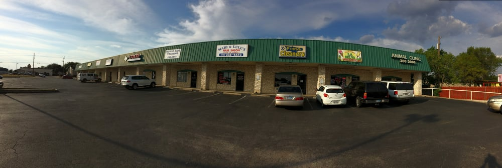 Panoramic view showing relative location in the shopping strip on photo of paleteria la selva round rock tx united states panoramic view sciox Choice Image