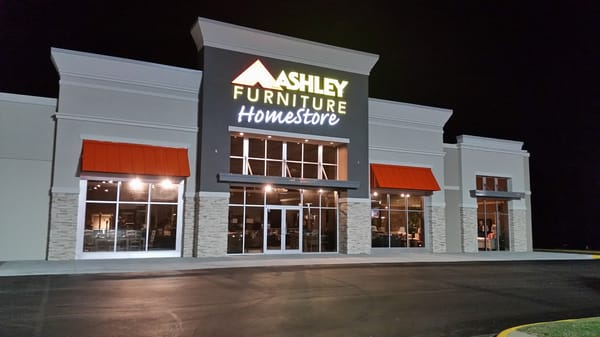 Photo of Ashley HomeStore   Florence  AL  United States. Ashley HomeStore   Furniture Stores   1604 Florence Blvd