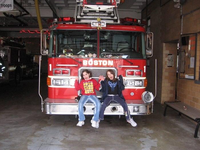 Boston Fire Department, District 3 E8 L1: 392 Hanover St, Boston, MA