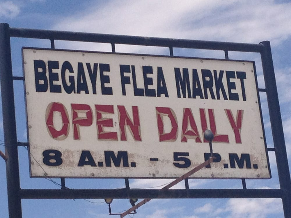 Begaye Flea Market: US 491, Shiprock, NM