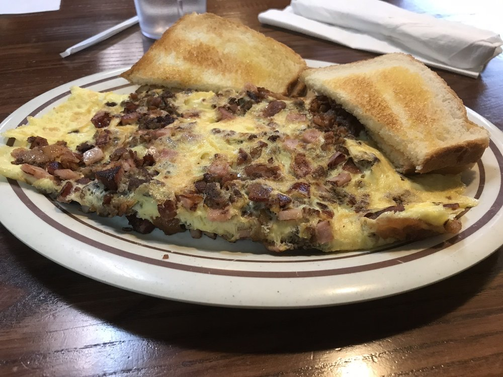 Gregg's Kitchen: 5479 Old US Hwy 52, Welcome, NC