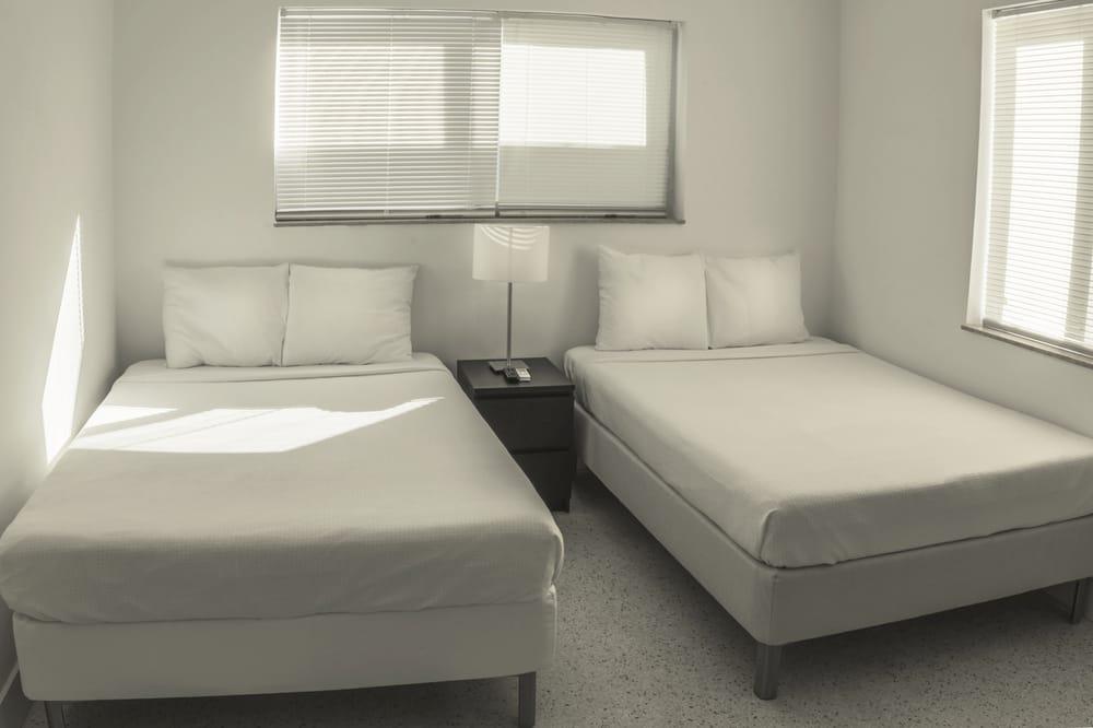 Waveland Motel