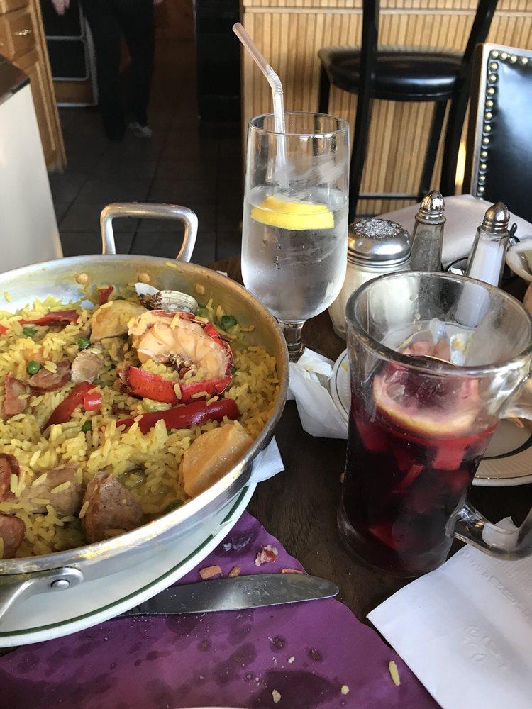 Food from Lisboa Restaurante