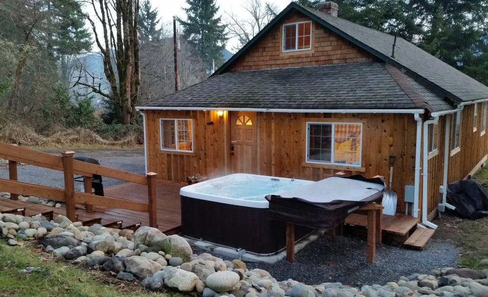 stormking and rental heron cabin rainier cabins near deer spa mt at luxury mount retreat