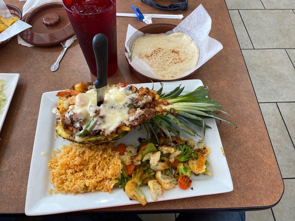 Casa Jalisco #3: 900 E Hall St, Bangs, TX