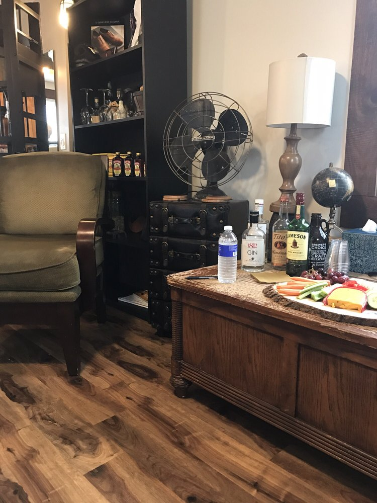 Stache Grooming Lounge: 2229 Monroe Ave, Rochester, NY