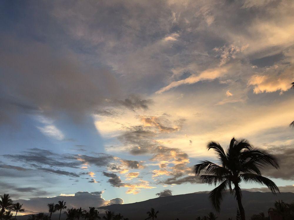 Menehune Shores Resort - Slideshow Image 1