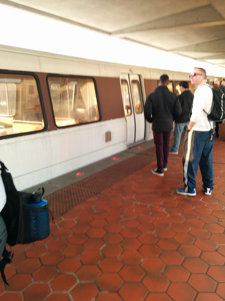 metro light rail yelp. Black Bedroom Furniture Sets. Home Design Ideas