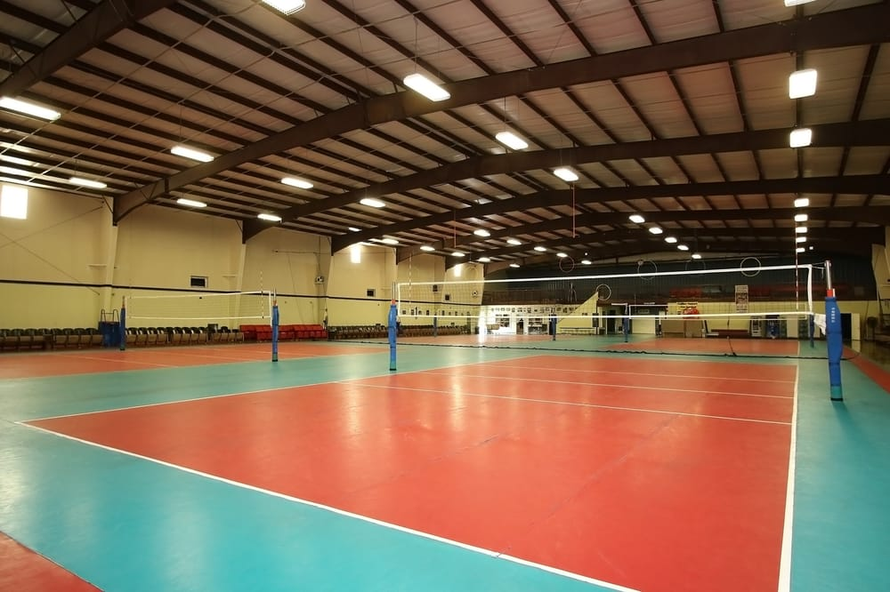 Spike Sport Club: 15250 Hillcroft, Missouri City, TX