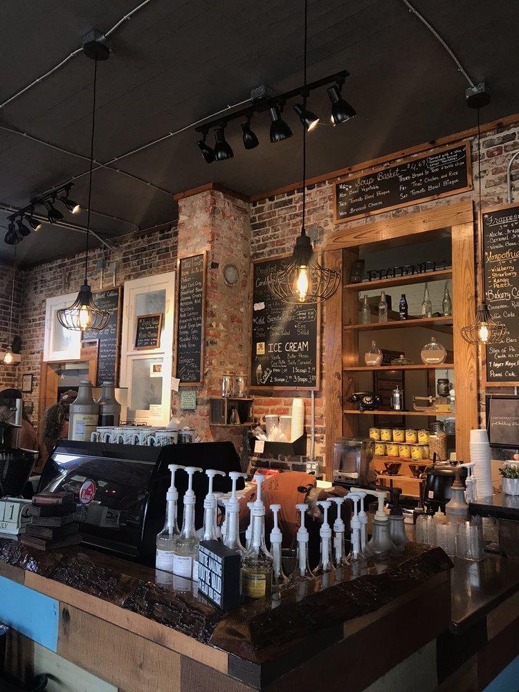 Crema Brew: 914 Broad St, New Bern, NC
