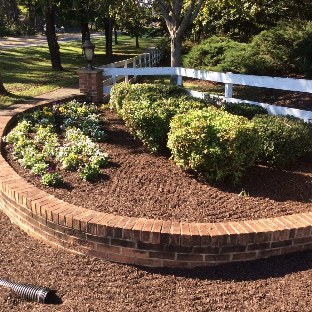 Superior Turf & Landscaping: Haymarket, VA