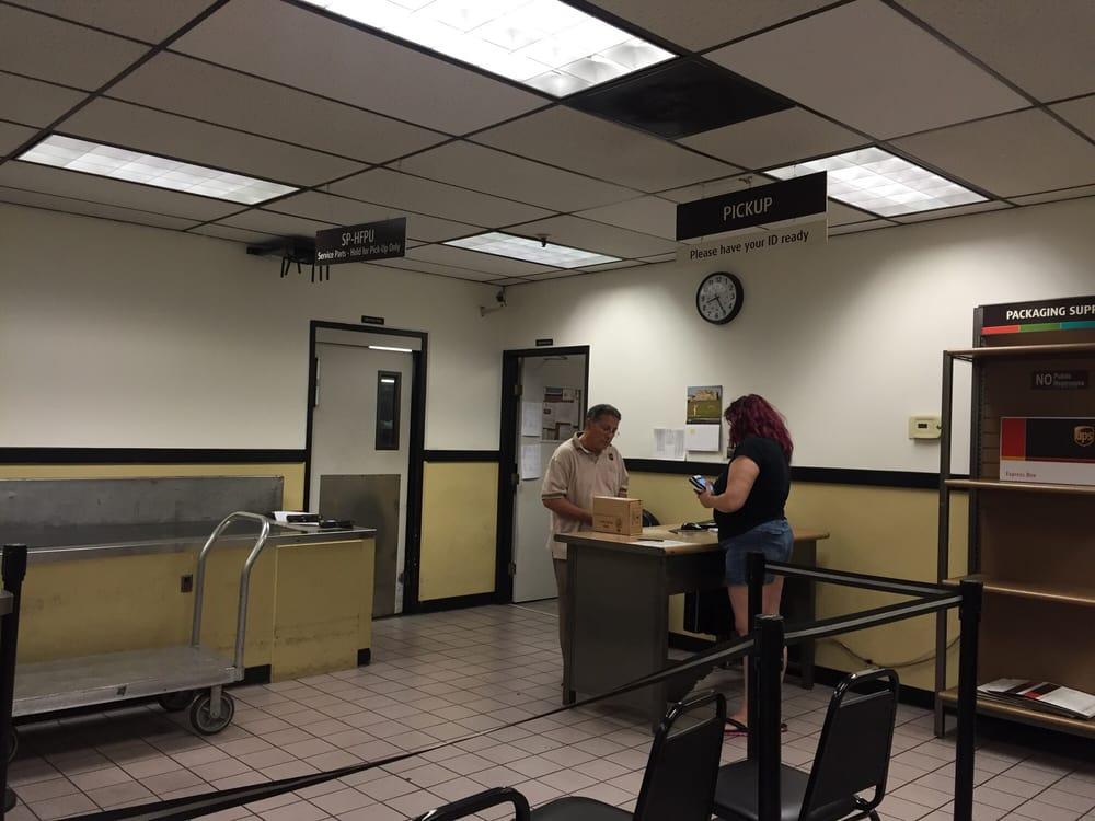 Ups Near My Location >> UPS Customer Center - 30 Photos & 186 Reviews - Shipping ...