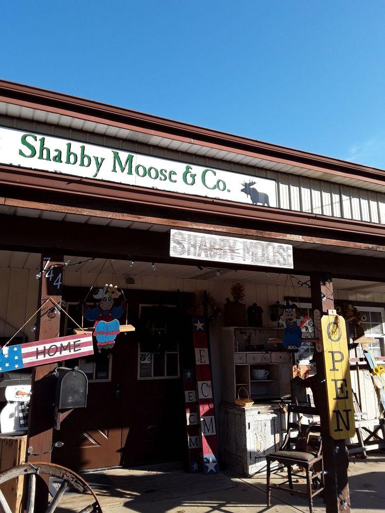 Shabby Moose & Co: 744 N High St, Hillsboro, OH