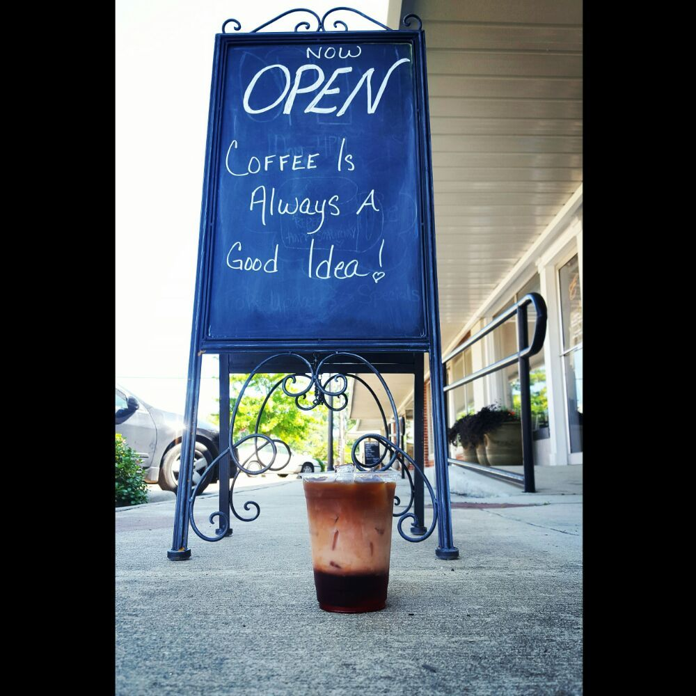Perk Coffee Bar: 220 Broad St NE, Aliceville, AL