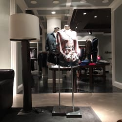 Abercrombie & Fitch Fashion 250 Granite St Braintree MA
