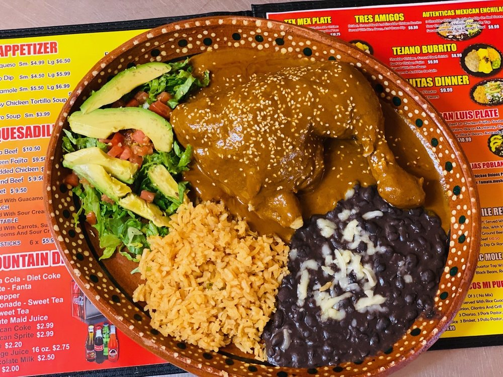 Mi Pueblito Mexican Tex-Mex: 1504 S 3rd St, Mabank, TX