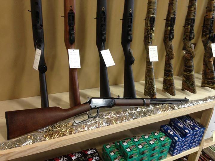 Dakota Creek Guns & Outfitting: 5060 Pacific Hwy, Ferndale, WA