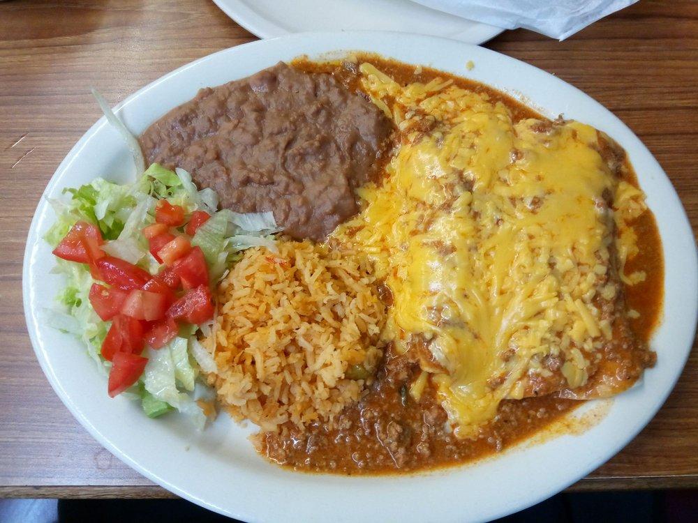 Joe's Mar y Mex Restaurant: 910 W Edinburg Ave, Elsa, TX