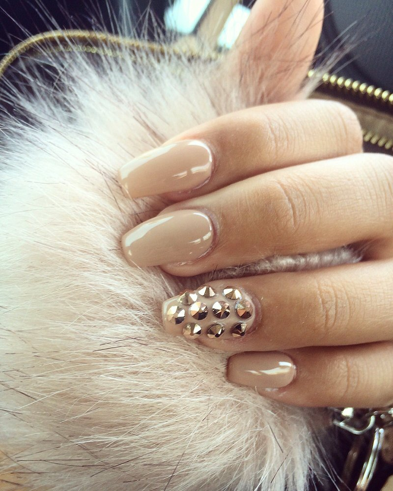 Rose gold stones & nude nails - Yelp