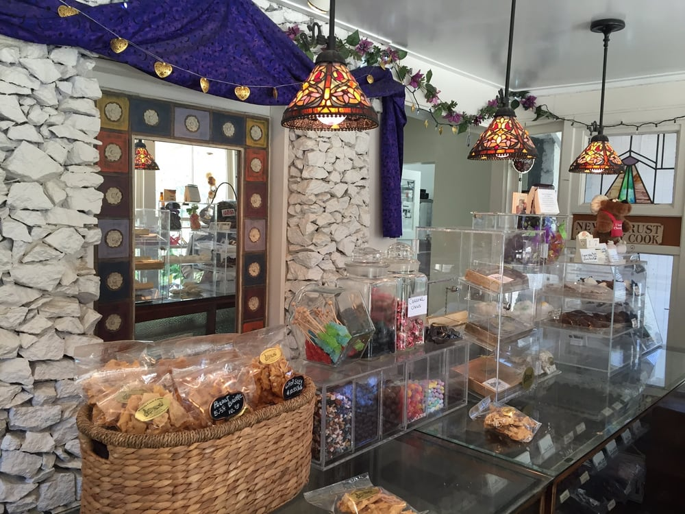 Wisteria Candy Cottage: 39961 Old Hwy 80, Boulevard, CA