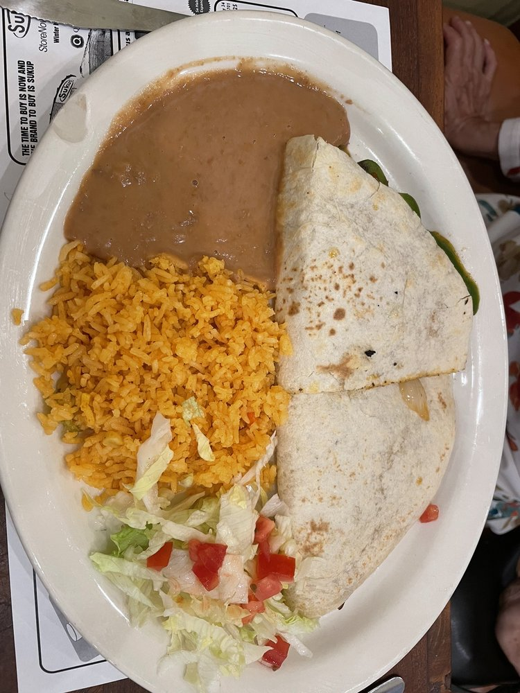 El Jacal Mexican Grill: 301 Edison St, Brush, CO