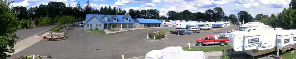 Knox Butte RV Park Albany: 125 Expo Pkwy NE, Albany, OR