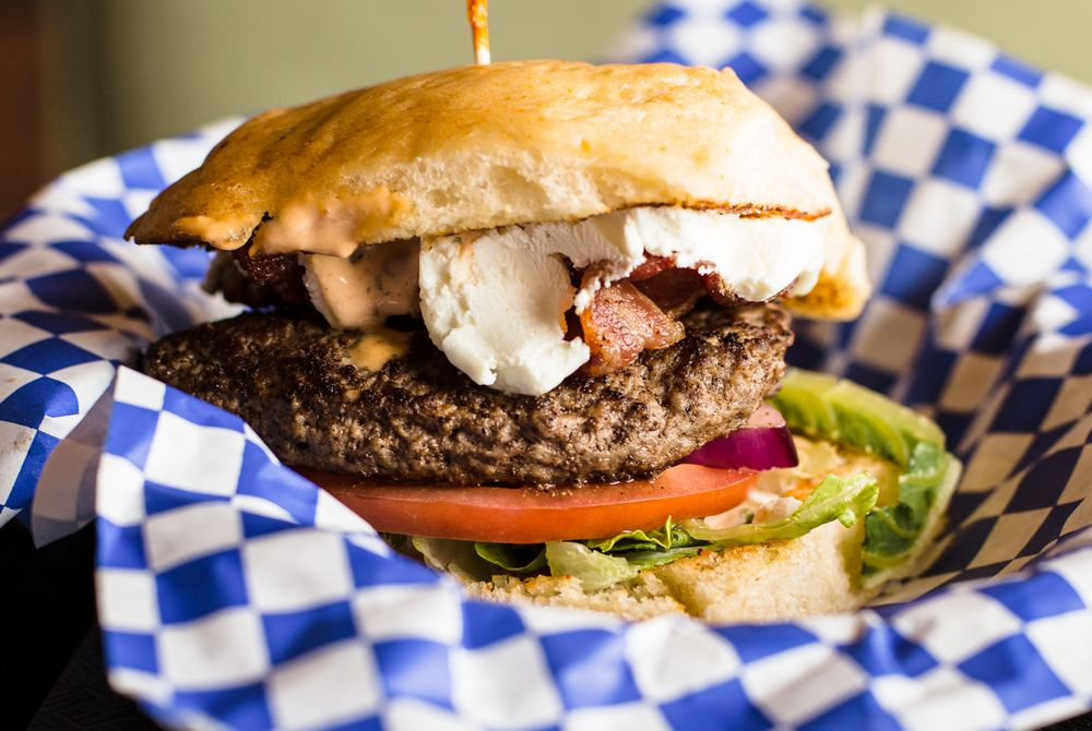 Daddio's Burger: 4230 Calder Ave, Beaumont, TX