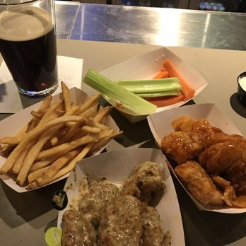 Buffalo Wild Wings Order Food Online 33 Photos 67 Reviews