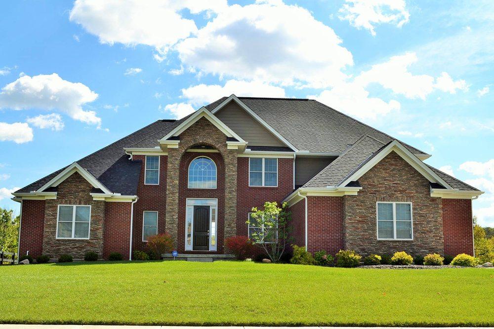 Susanne anton sibcy cline realtors real estate agents for Cline homes