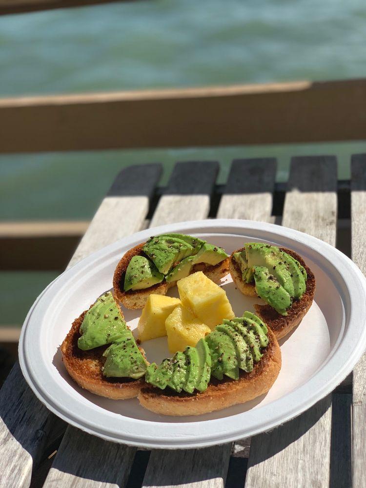 Basimo Beach Cafe: 1261 Gulf Blvd, Clearwater, FL